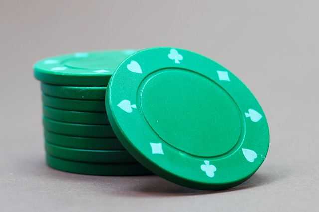 types of poker games and chip stack